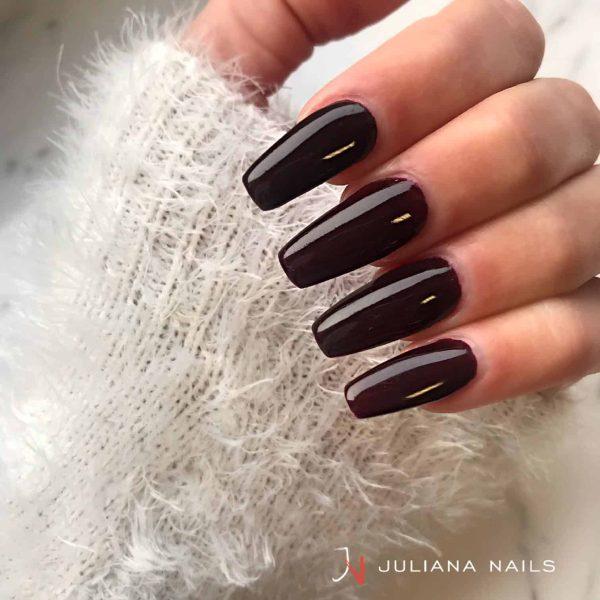 juliana_nails_gel_lack_braunviolett
