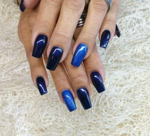 juliana_nails_6ml_Mitternachtsblau