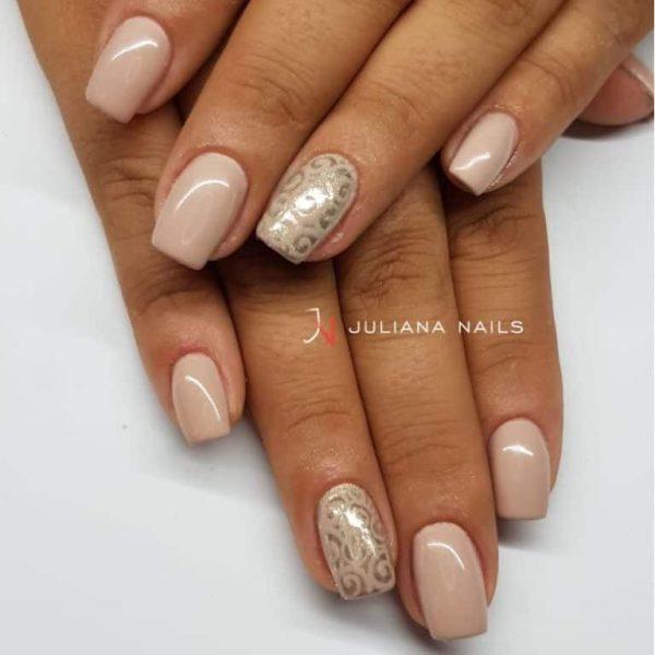 juliana_nails_gel_lack_Creme