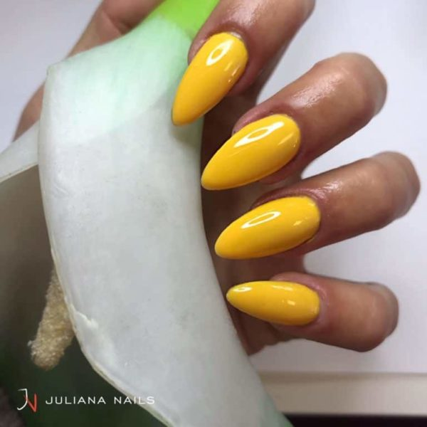 juliana_nails_gel_lack_Sunshine